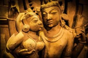 Hinduska sztuka miłosci wie jak doprowadzić do wspólnego orgazmu