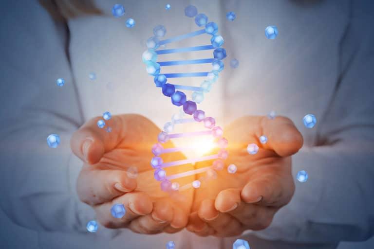Badania DNA – profilaktyka raka piersi i jajników. Co badać?
